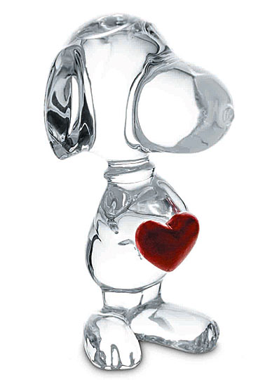 Baccarat Snoopy Holding Heart