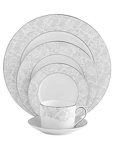Vera Wang Wedgwood China Chantilly Lace Gray, 5 Piece Place Setting