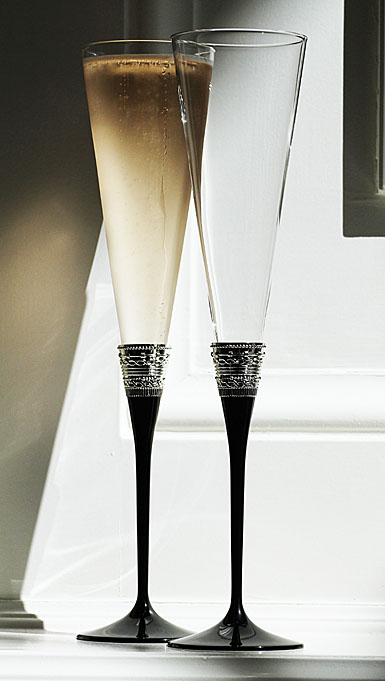 Vera Wang Wedgwood With Love Noir Toasting Flute, Pair