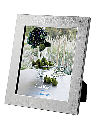 Vera Wang Wedgwood Silver Plate Hammered Frame, 8x10""