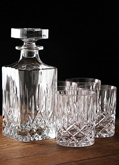 Royal doulton spirit set square decanter with four dof s