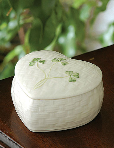 Belleek China Kylemore Trinket Box