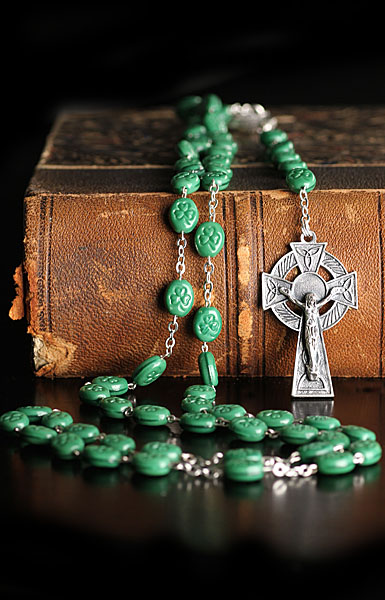 Cashs St. Patrick Shamrock Rosary