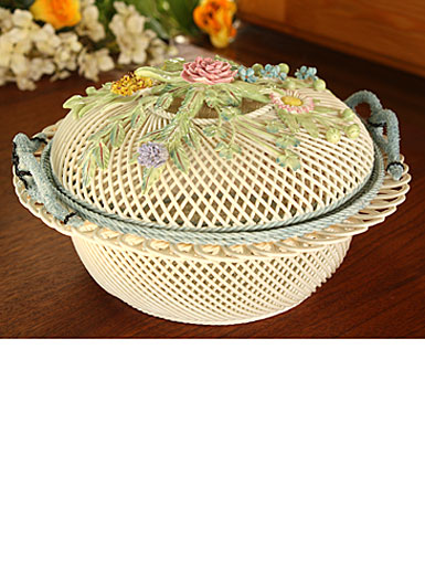 Belleek Round Covered Basket