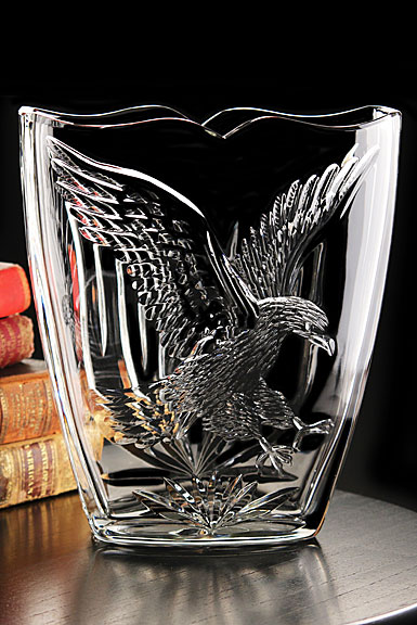 Cashs Crystal Art Collection American Eagle Vase, Limited Edition