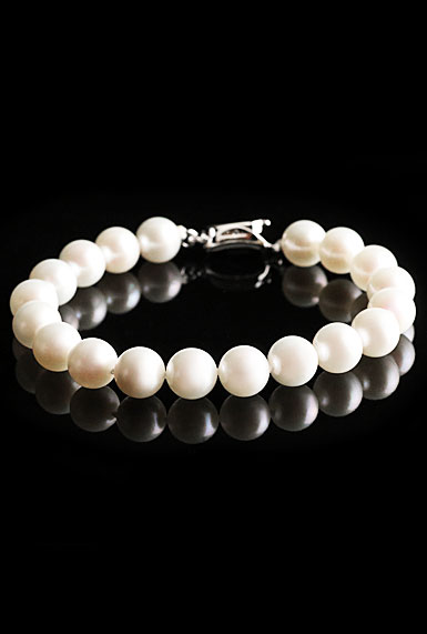 Cashs Akoya Perfect Round White Luster Seawater Pearl Bracelet