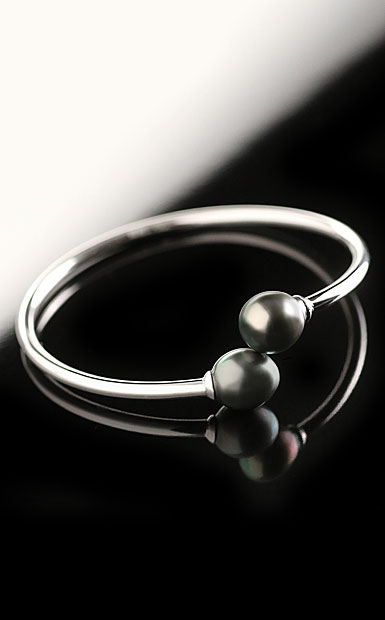 Cashs Ireland, Tahitian Black Pearl Sterling Silver Bracelet