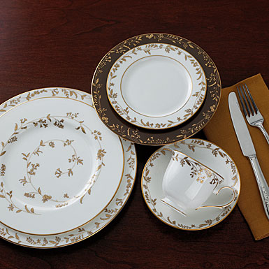 lenox china golden bough accent plate single - Lenox Dinnerware