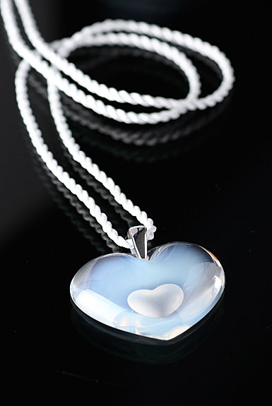 Lalique Tender Heart Silver Opalescent Necklace
