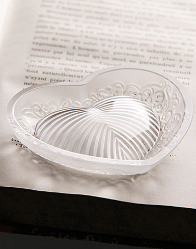 Lalique Small Bowl Love - 3 9/10 in