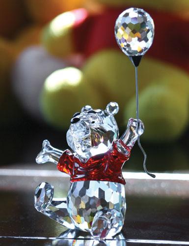 Swarovski Disney 2007 Winnie The Pooh 4 1/2 in